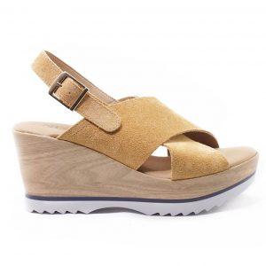 104e60bd4c Προσφορές σε γυναικεία παπούτσια και τσάντες